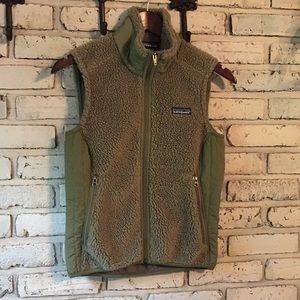 Patagonia green vest